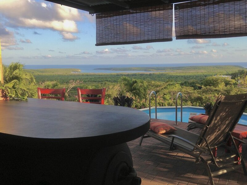 Private Pool Bar in Paradise with Panoramic Caribbean View!  a/c, WiFi, perfect!, vacation rental in Isla de Vieques