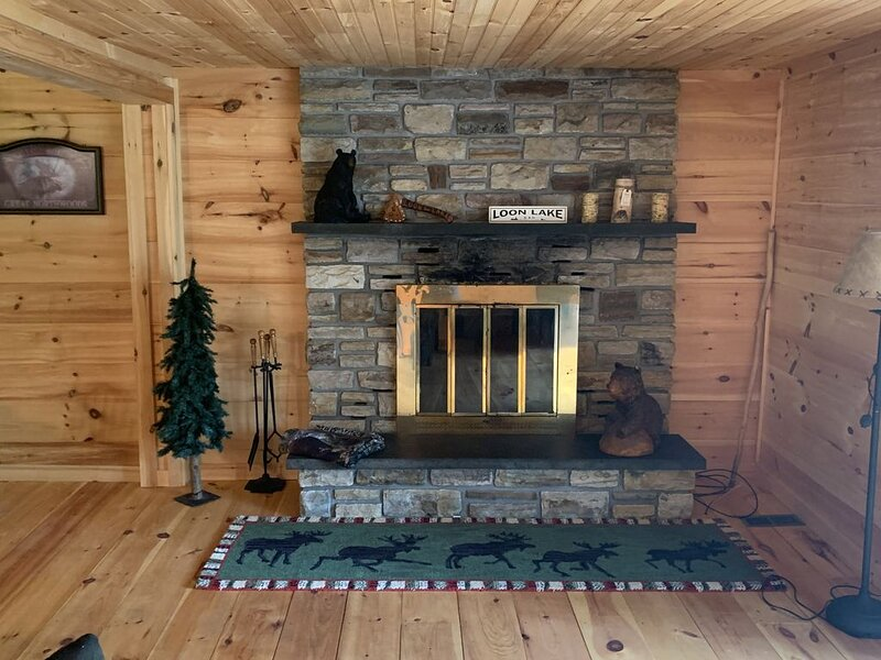 Enjoy the peace and tranquility of Loon Lake and Bass Pond, holiday rental in Vermontville