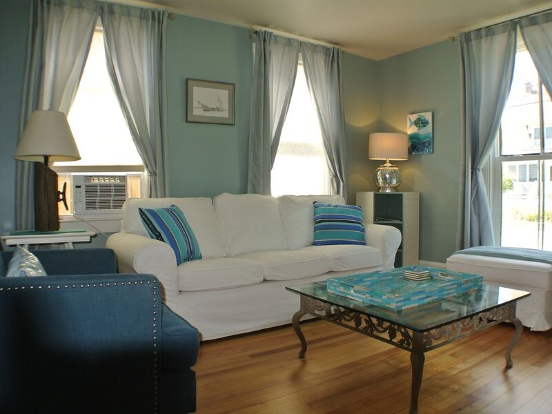 Be Near Willard Beach in a Wonderful Residential Neighborhood, holiday rental in Peaks Island