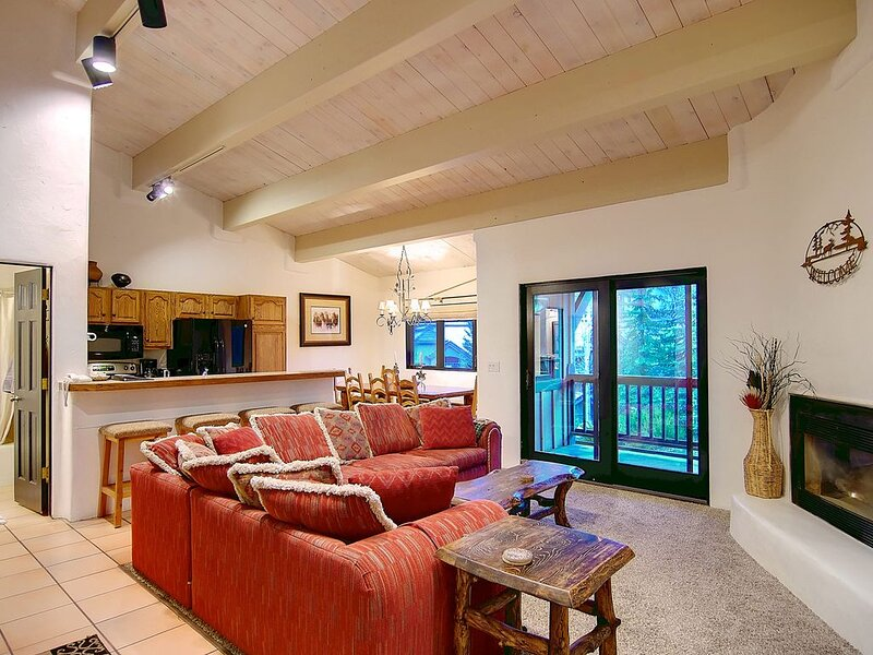 Spread out, 3 story 4/4: All Amenities, Steps to Gondola, holiday rental in Steamboat Springs