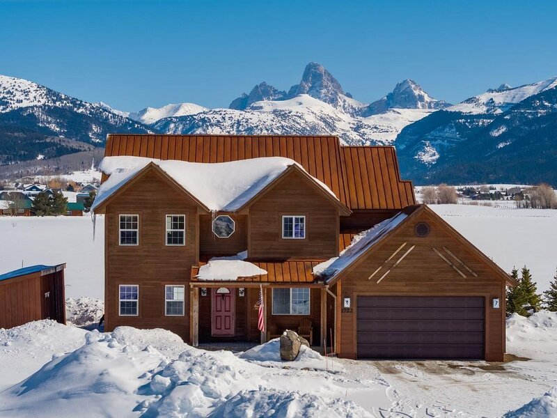 ♥ Large Family home with full Teton views and hot tub, alquiler vacacional en Alta