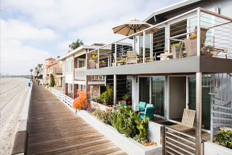 Oceanfront Living On Beautiful Peninsula in Long Beach, alquiler de vacaciones en Long Beach