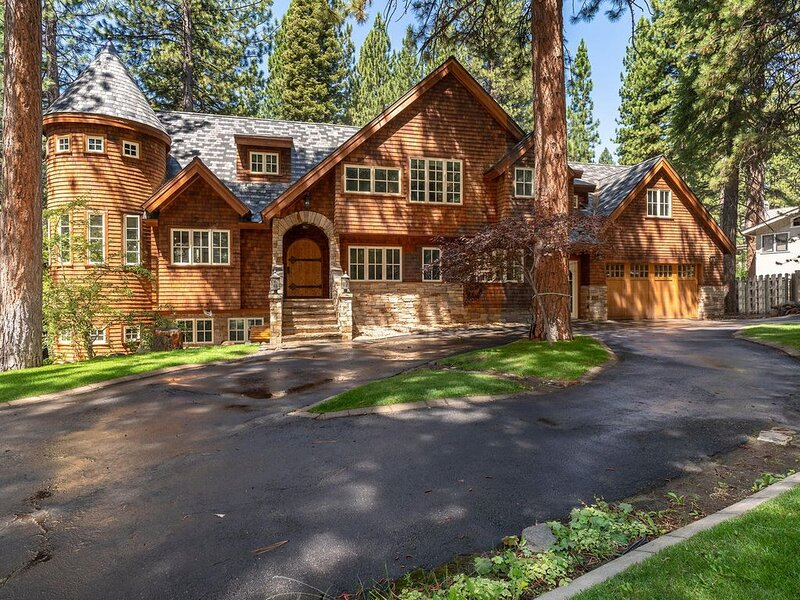 Newly Remodeled Family Estate., holiday rental in Incline Village