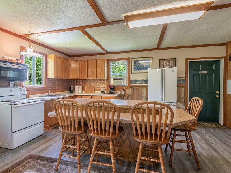 Beautiful One Bedroom Lake Front Rental on Pokegama Lake., location de vacances à Deer River