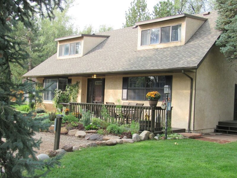 Broadmoor Area Great for Families and Pets!, holiday rental in Fort Carson