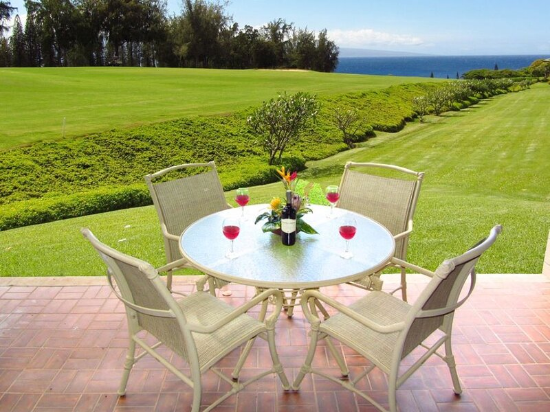 Kapalua Ridge Villa Gold! West Facing Sunset Views!, alquiler de vacaciones en Kapalua