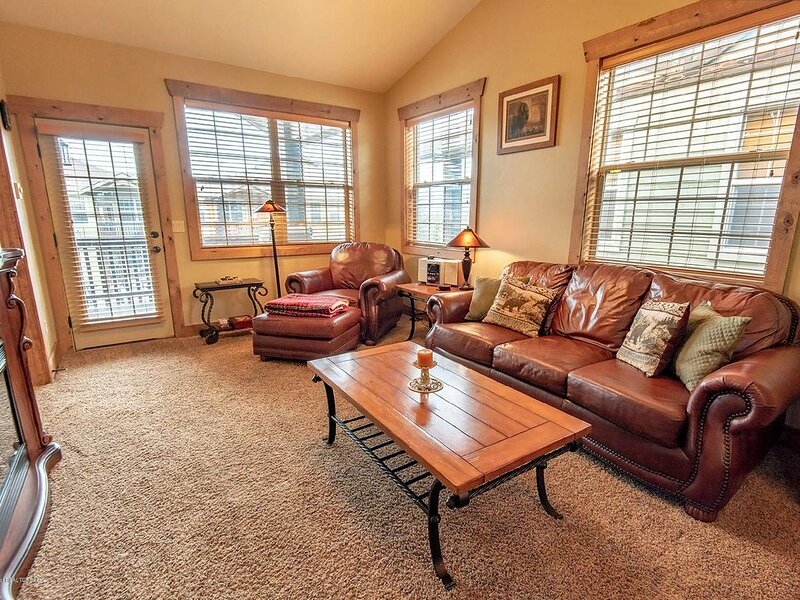 Condo walkable to dwtn, 20min to Targhee, holiday rental in Felt