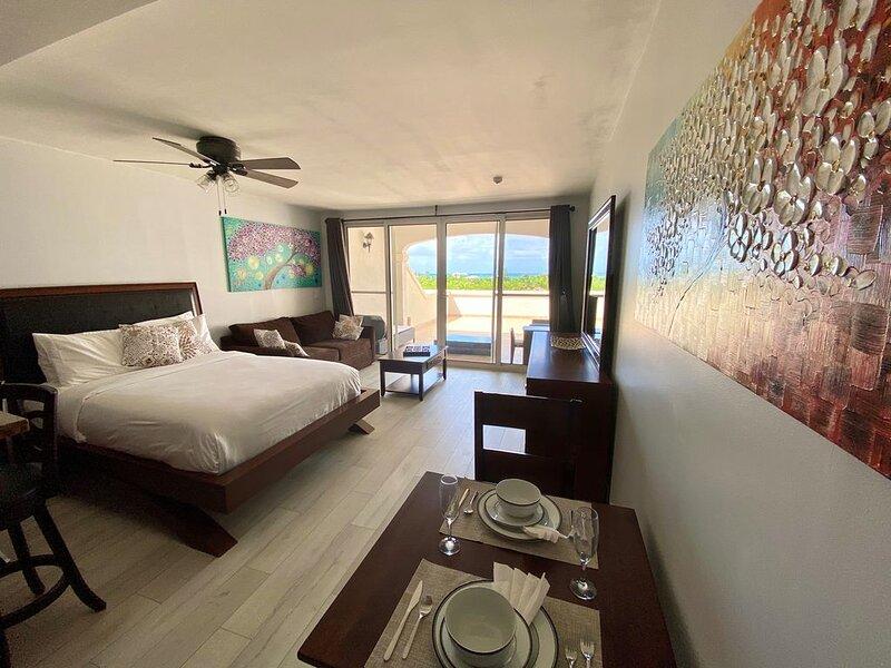 La Vista Azul Resort, Ocean View Studio Condo, location de vacances à The Bight Settlement