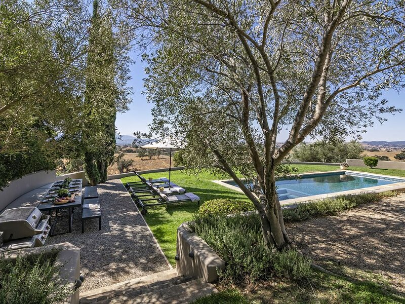 Mediterranean Masterpiece, holiday rental in Los Olivos