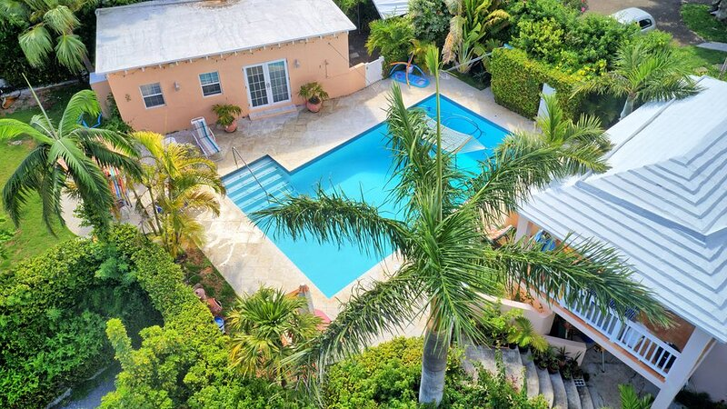 This is great for a weekend getaway !! With quick flights from the East Coast, vacation rental in Devonshire Parish