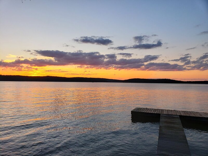 Family oriented Lakefront on Lake Wallenpaupack-3BR+Loft - Great Views!, holiday rental in Honesdale