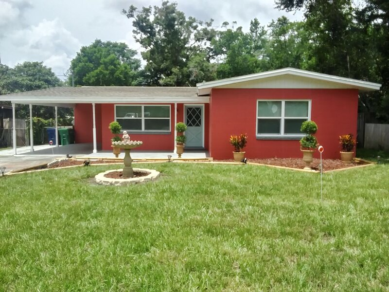 Premier Lodges, LLC..., holiday rental in Temple Terrace