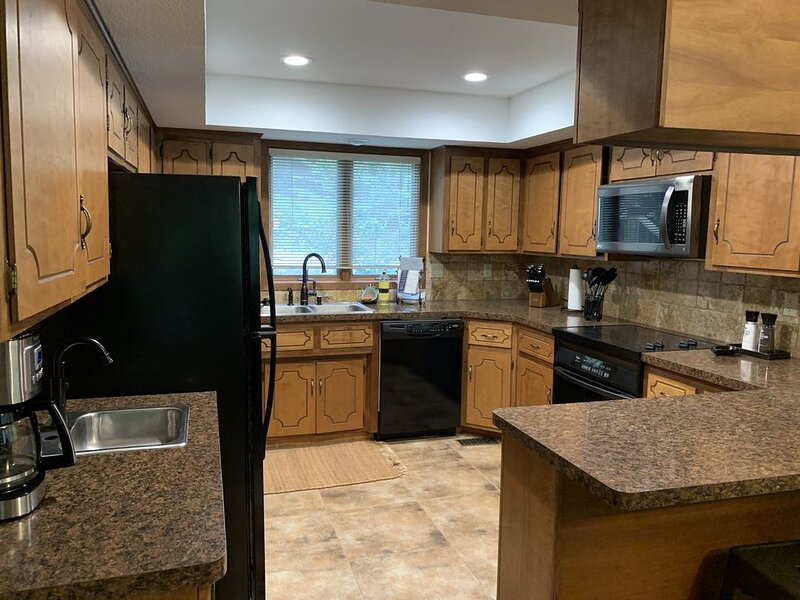 Forest View Condo, Lake Ouachita, Mountain Harbor Resort, holiday rental in Pencil Bluff