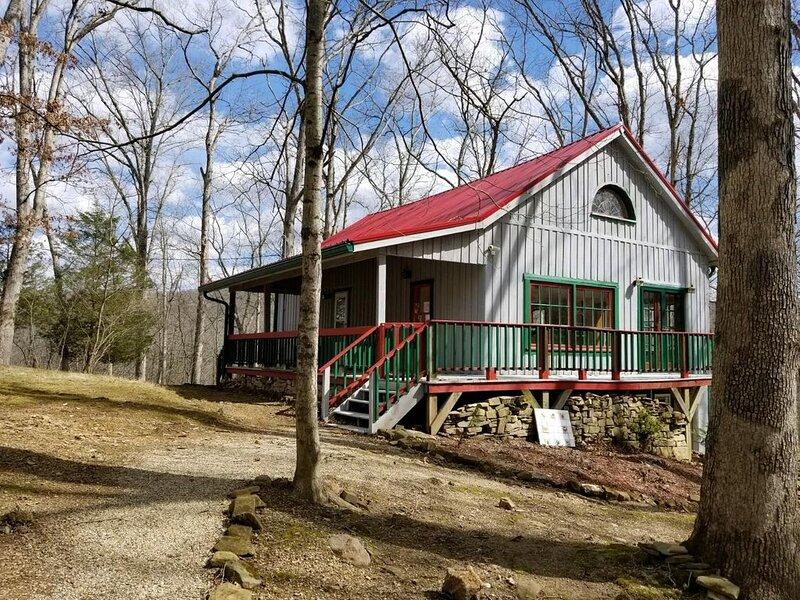 Dragonfly Hill Cabin, alquiler de vacaciones en Nashville