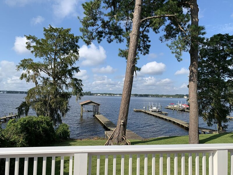 The River Club, vacation rental in Simpson