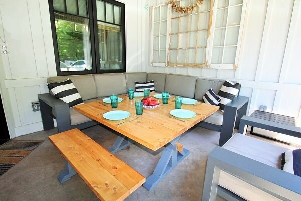 Stylish & Contemporary Cottage - 100 metres to beach, holiday rental in Ridgeway