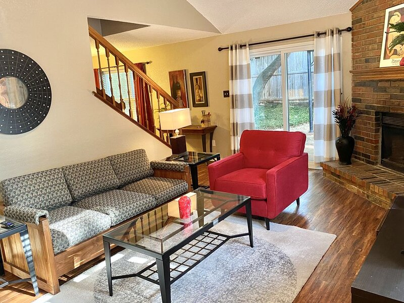Cozy 2 BR Home in the Heart of DFW, location de vacances à Southlake