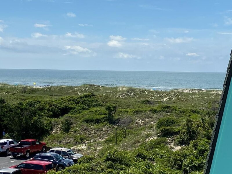 Sea Spray 312 - Great Ocean and Sound views, holiday rental in Morehead City