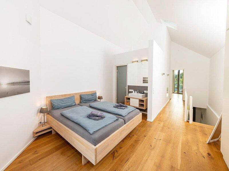 Unsere edle Seglerwohnung - hochwertig und exklusiv mit direkter Wasserlage, aluguéis de temporada em Arnis