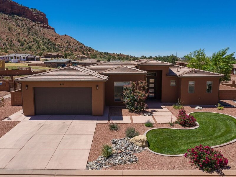 Remarkable Home in Kanab - with 1 GBX 10MB Business Internet Speed, vacation rental in Kanab