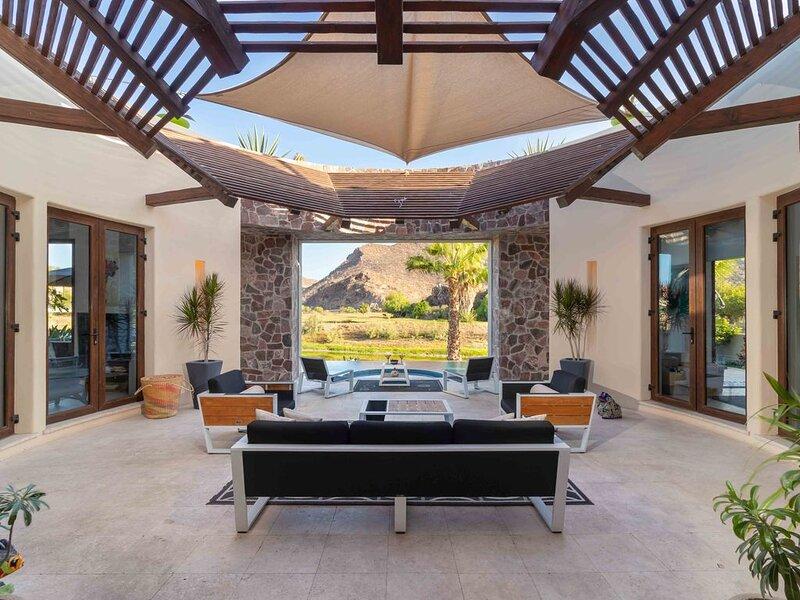 Loreto Bay Luxury Golf Course Casa-pool, hot tub, golf cart, daily clean, views, alquiler de vacaciones en Loreto
