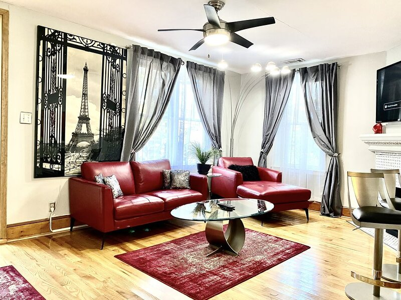 Nice City Home!!  Near to most places in town!!, holiday rental in Atlanta