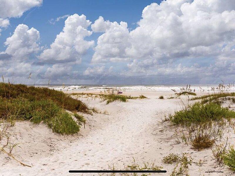 Perfect beach getaway <3, vacation rental in Saint Augustine Beach