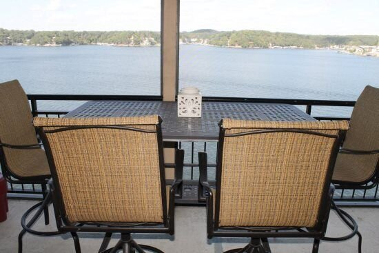 4 bedroom accommodation in Lake Ozark, holiday rental in Eldon
