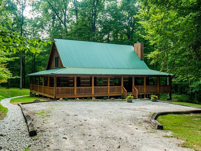 Great Escape  Log Cabin, alquiler de vacaciones en Nashville
