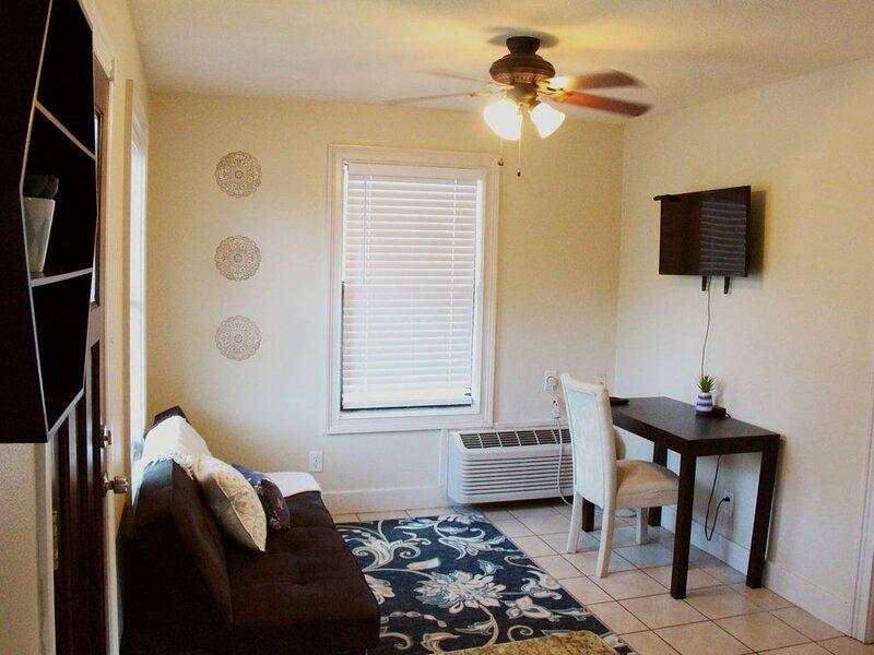 Closest Vacation Rental to Texas A&M!, aluguéis de temporada em Wellborn