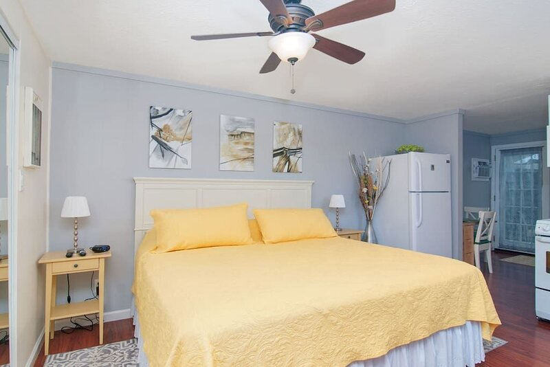 Downtown Chula Vista Studio Retreat, holiday rental in Chula Vista