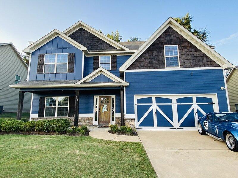 5 Bedroom Home Perfect For Football Season Or For Your Visit to Auburn !!!, aluguéis de temporada em Tuskegee