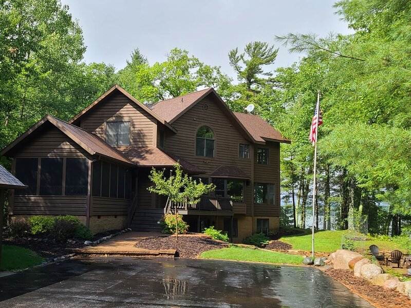 Beautiful 15 Acre Estate on 800 Ft. of Private Lakefront ~ Little Arbor Vitae, holiday rental in Arbor Vitae