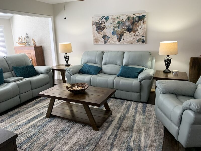 Quiet Condo On The Golf Course, holiday rental in Highland City