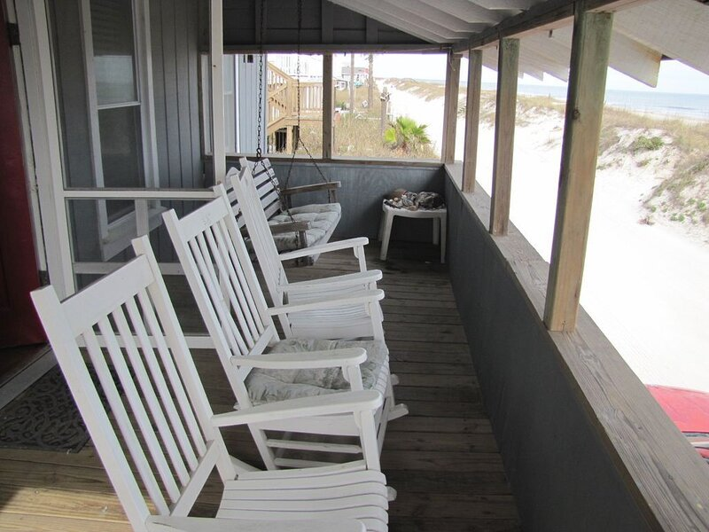 Charming Beach House with Covered Porch to Relax and Enjoy the Ocean Views!, vacation rental in St. Marys