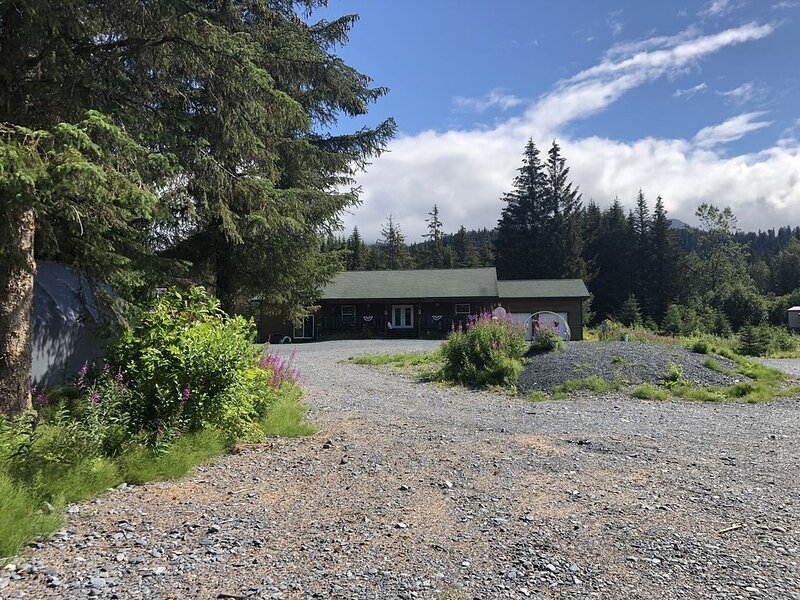 Alaskan sportsman's Home, vacation rental in Seward