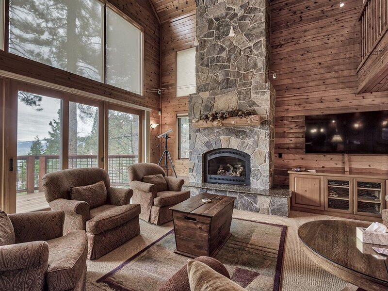 Lake Tahoe Lakeside Luxury Home – semesterbostad i Tahoe City