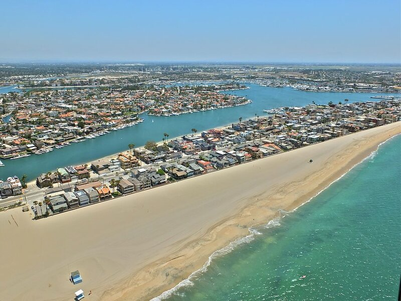 2bd/1ba apt with ocean breezes, sunny days, beaches, boardwalk and sunsets, vacation rental in Long Beach