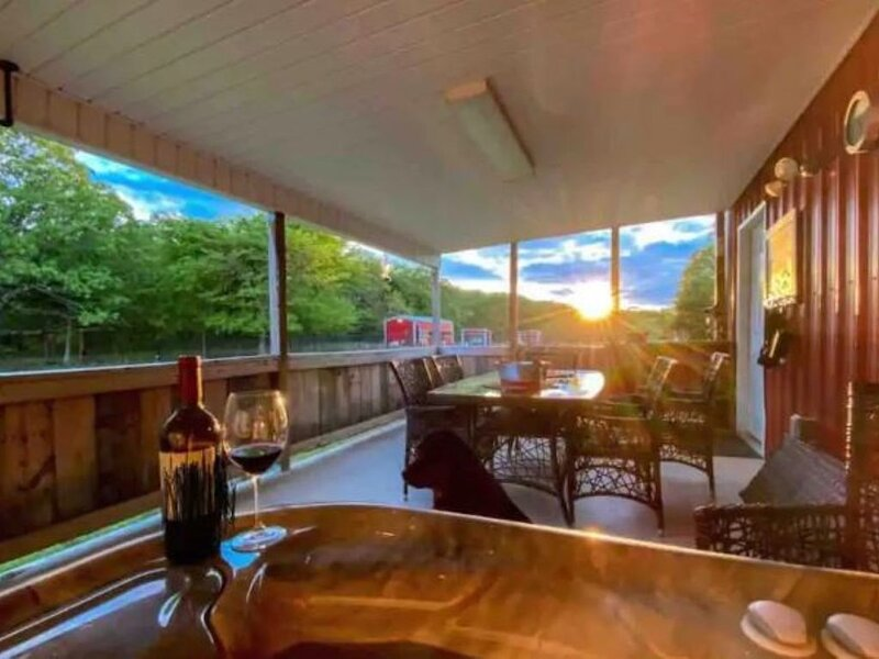 Serenity Acres Sanctuary A Country Resort Getaway, vacation rental in McAlester