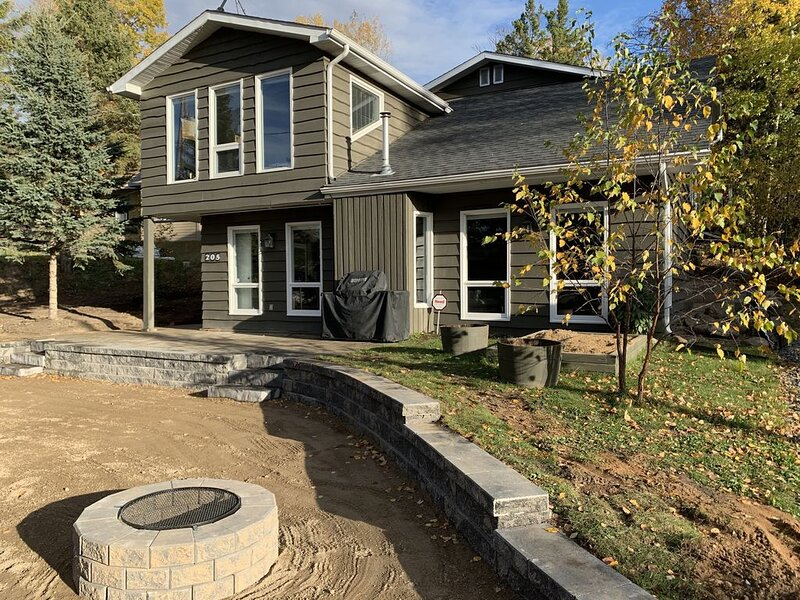 Beautiful 4 season lake home in northern Saskatchewan, holiday rental in Saskatchewan