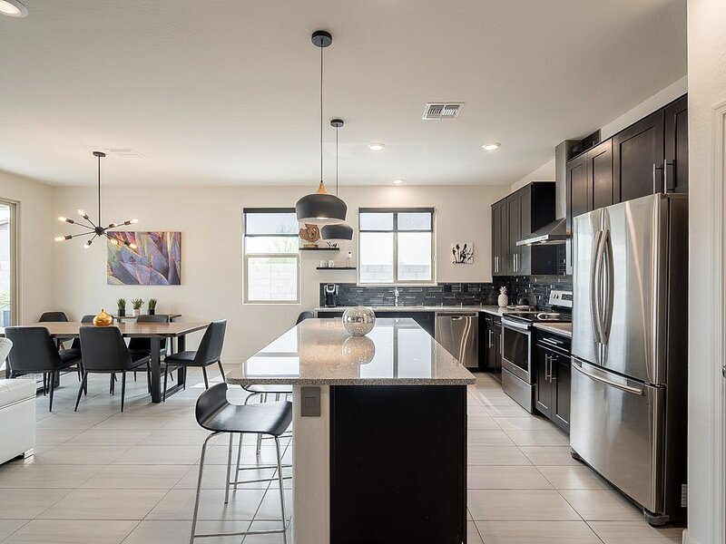 Dog Friendly, New Build /Cave Creek/North Scottsdale, vacation rental in Cave Creek