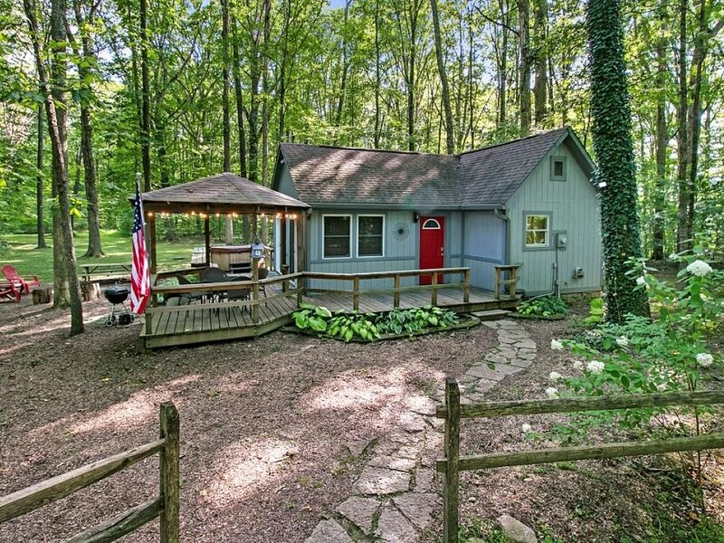 Secluded and Romantic getaway in beautiful Brown County Indiana, vacation rental in Morgantown