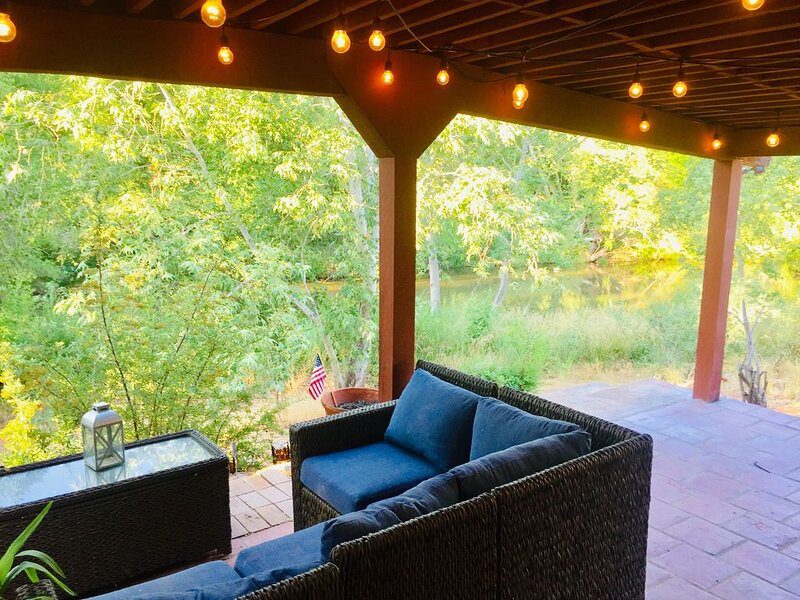 Creekside Haven on Healing Oak Creek, holiday rental in Cornville