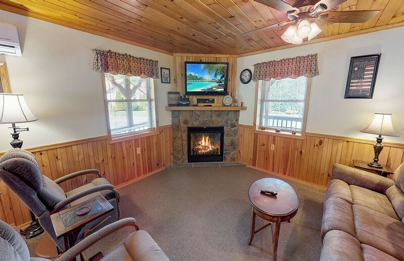 Rough Cut Lodge - Suite 6, location de vacances à Wellsboro