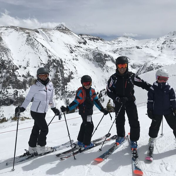 SKI in 2021! Book Now!, Ferienwohnung in Telluride