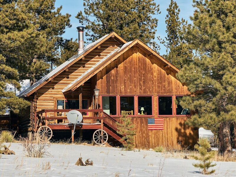 Welcome to the Bristlecone Lodge at 11 Mile!