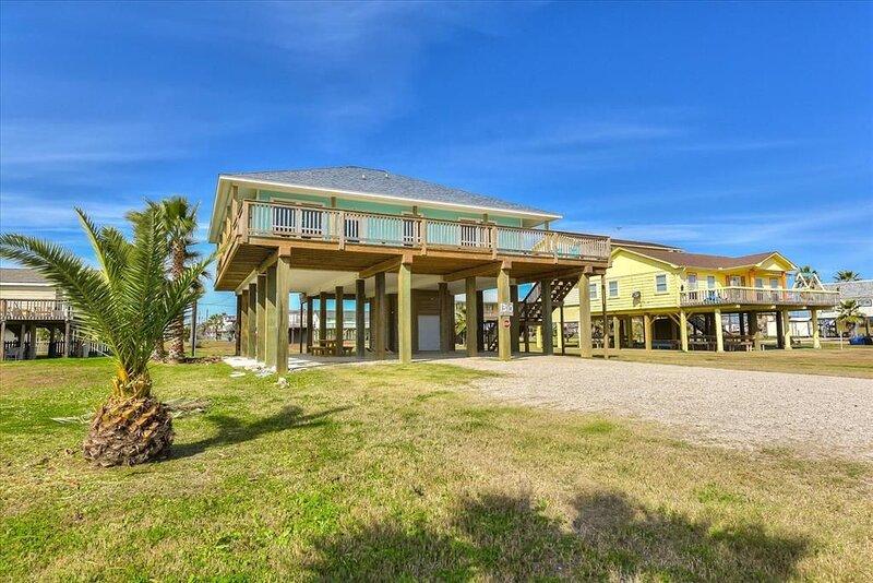 New! | 2nd Row w/Views | Surfside Serenity, alquiler vacacional en Brazoria