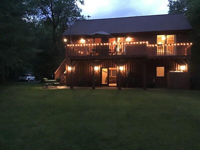 5 bedroom/2 full bathroom Lake Home near Hayward, Wisconsin on Gull Lake, location de vacances à Springbrook