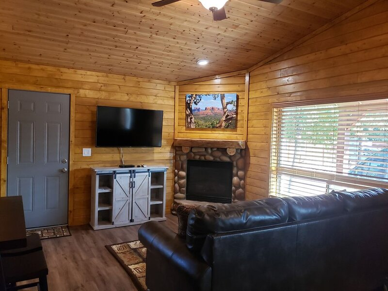Cabin #1 has been completely remodeled!  Cabin is now a 2 bedroom, full kitchen., vacation rental in Pine