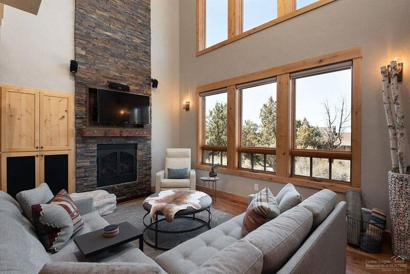 Rustic Modern Charm! Brasada Ranch 2-bedroom + Loft Cabin, Sleeps 6., holiday rental in Central Oregon